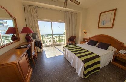 tweepersoonskamer tropicana hotel torremolinos